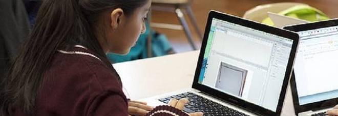 Lezioni di coding per 10mila ragazze: «Così potranno programmare il loro futuro»