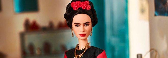 La Barbie che somiglia a Frida Khalo vietata in Messico: l'artista vince la causa