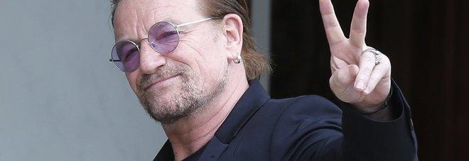 Venezia, sorpresa fra i tavoli del ristorante: ci sono Bono degli U2 e la moglie