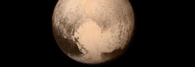 La rivincita di Plutone: potrebbe riacquistare lo status di pianeta