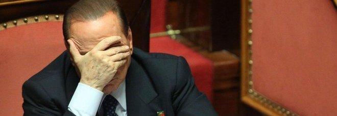 Decadenza Berlusconi, sì della Giunta. Lui: democrazia uccisa