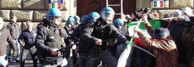 Forconi, arrestato il vice-presidente di CasaPound per un blitz nella sede della Ue