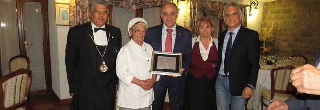 Quarantacinque anni di buona cucina al femminile la Camera di ...
