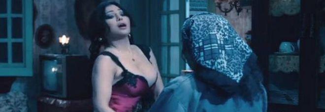 film con scene di passione massaggio body roma