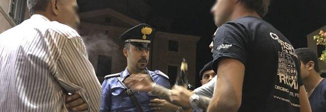Carabinieri in piazza Madonna dei Monti