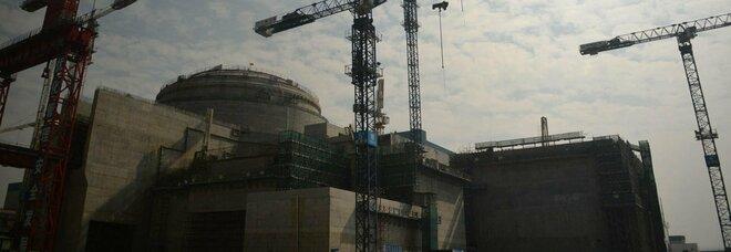 Cina, la centrale nucleare e il rischio radioattivo: «Danneggiate le barre di combustibile»