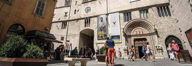 Domenica gratis al museo: in 700 alla Galleria nazionale ...