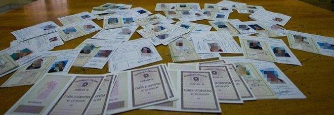 Carte d'identità contraffatte, Italia seconda solo alla Romania in Europa