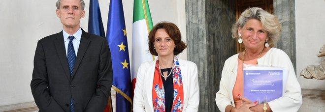 Women's Forum, presentato il programma. Bonetti: «Per la prima volta al G20 ministeriale sulle pari opportunità»