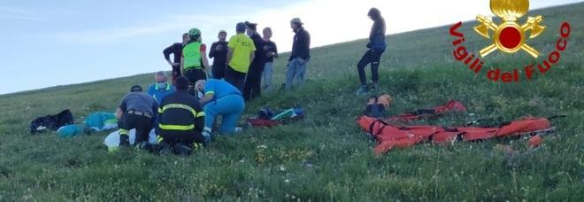 Dramma a Castelluccio: muore dopo schianto col parapendio
