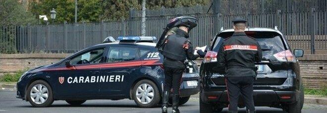 Uomo accoltellato a Roma