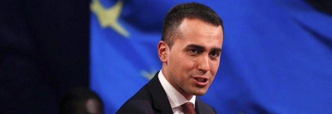 Reddito cittadinanza, Di Maio: «In stampa 6 milioni di tessere»