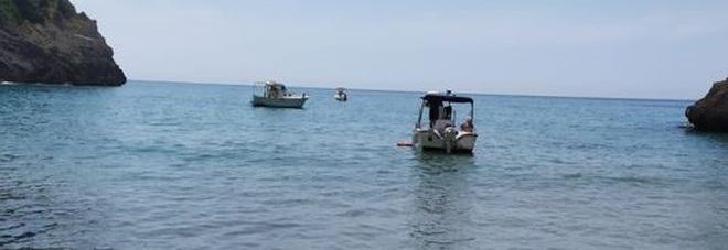 Nove persone in difficoltà nel mare di Sperlonga, decisivi i soccorsi della Guardia costiera