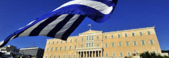 Grecia oggi il voto di fiducia in parlamento for Oggi in parlamento