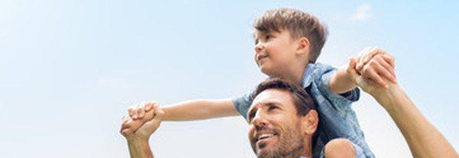 Educare i figli per non farli diventare bulli e maschilisti: ecco i consigli per i papà