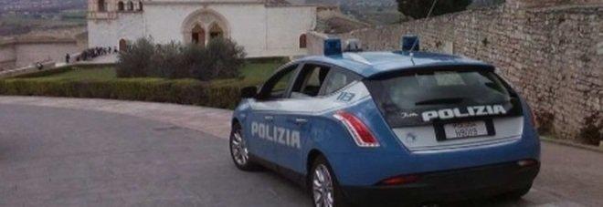 Assisi, festeggiano Capodanno in otto a casa di un amico. Tutti multati