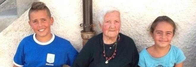 Maria Federici tra i nipotini