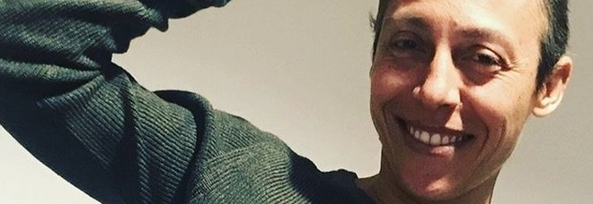 Schiavone, gioia sui social: «Che felicità, i capelli crescono tanto»