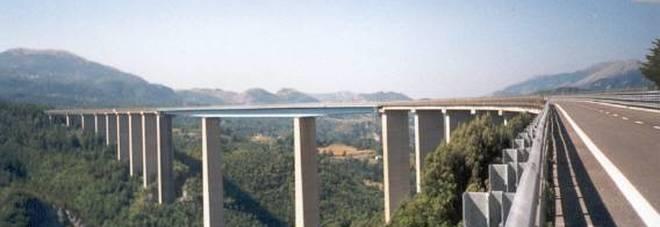 Pietrasecca, il viadotto ancora teatro di un tragico suicidio