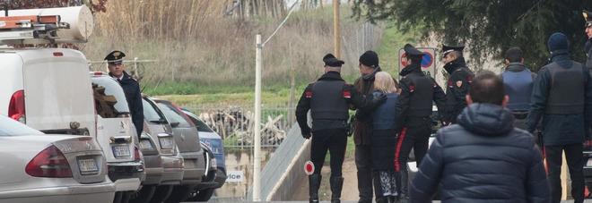Carabiniere uccide le figlie e si toglie la vita: veglia di preghiera e fiaccolata a Cisterna