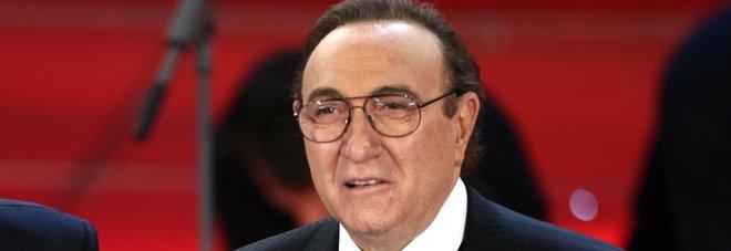 Sanremo2018, Pippo Baudo sul palco per celebrare i 50 anni di conduzione
