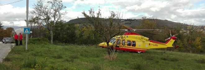L'Aquila, colpita dal trattore: muore una donna