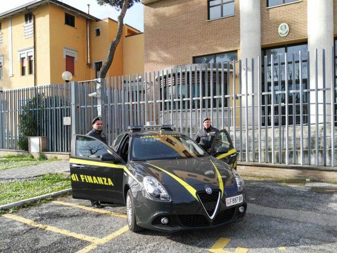 Tangenti al Comune di Giulianova, la GdF esegue nella notte 8 arresti