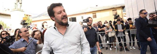 Def, Salvini: «È una truffa, tradite tutte le promesse, miliardi di nuove tasse»