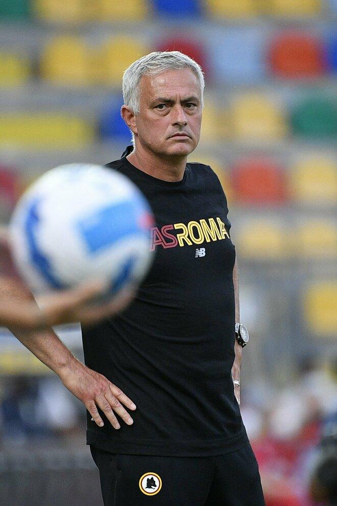 Mourinho su Instagram: «Habemus squadra. Siamo uniti, siamo amici: bravi ragazzi»