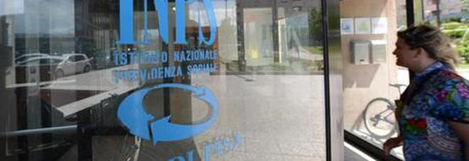 Pensioni, il sottosegretario Puglisi: «Un anno di contributi in più alle madri per ogni figlio»