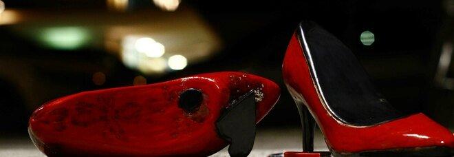 scarpette rosse in ceramica IV ediz
