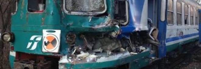 Roma, incidente tra treno e camion al passaggio a livello di Crocicchie