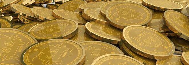Bitcoin sotto soglia psicologica 30mila dollari, prima volta da gennaio