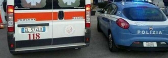 Roma, 35enne precipita sulla rampa del garage e muore: giallo a via della Mendola