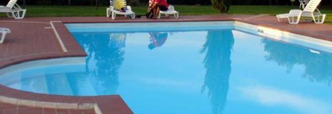 Bari bimbo di 8 anni annega in piscina forse un malore for Piscina wspace bari