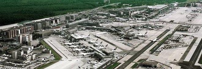 Aeroporto Germania : Germania evacuato terminal aeroporto francoforte