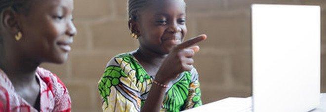 Lo choccante fenomeno mondiale delle spose bambine, 33 mila al giorno