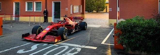 """Zanardi, le Ferrari domenica al Gp d'Austria con la scritta """"Forza Alex"""""""