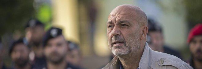 Terremoto ad amatrice il sindaco pirozzi furente for Moduli abitativi usati