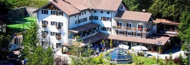 L'hotel Rigopiano prima della tragedia