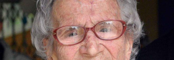 Nonna Luisa il simbolo nazionale del voto alle donne ha compiuto 108 anni, in regalo il Tricolore