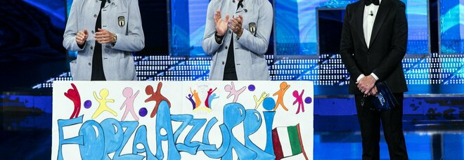Dal Bambino Gesù a Coverciano, lo striscione: «Forza Azzurri, noi tifiamo per voi»