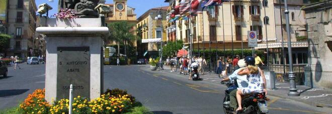 Coronavirus, nuovo contagio a Sorrento: è un ragazzo che tornava dalla Sardegna