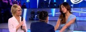 Amici17, sexy ballo di Belen con Maradona: «Per me lui è come il Papa»