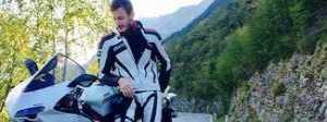 La gita con gli amici finisce in tragedia: Giovanni sbanda con la moto e muore a 26 anni