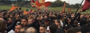 Festa a Trigoria,in mille a incitare la squadra Video