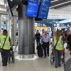 """In aeroporto c'è """"Care to Fly"""", il trasporto """"porta a porta"""" per i passeggeri con difficoltà motorie"""