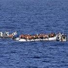 Soccorso barcone con 66 migranti a bordo a largo di Pantelleria: diretti a Trapani su 2 motovedette