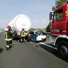 Incidente in A13: auto finisce sotto camion. Una vittima