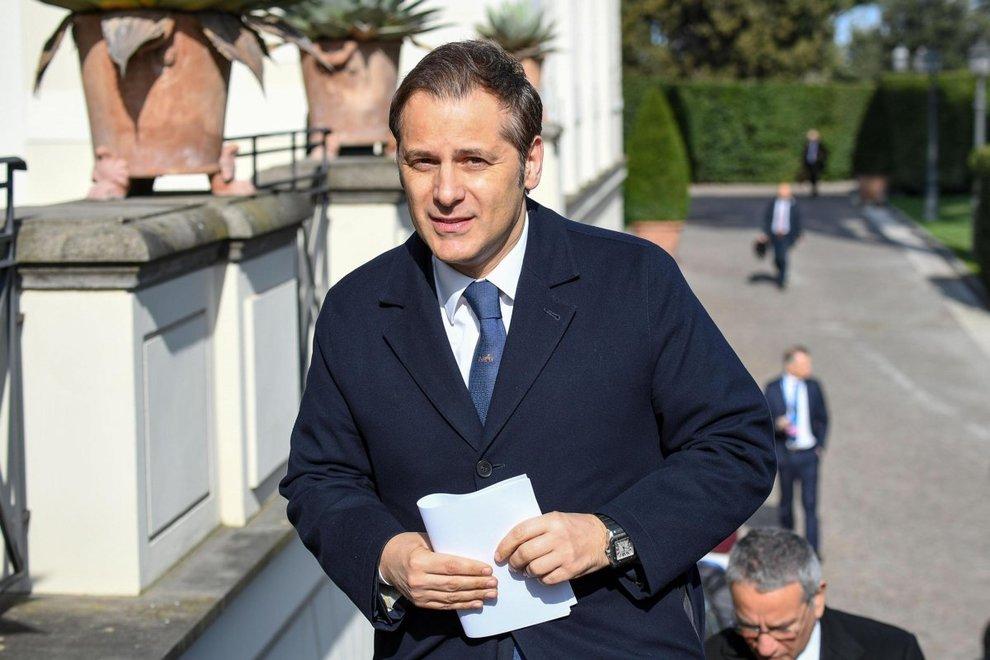nell`indagine su siri spunta una tangente da 30mila euro.